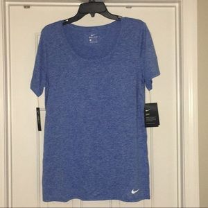 New with tags women's Nike tee.